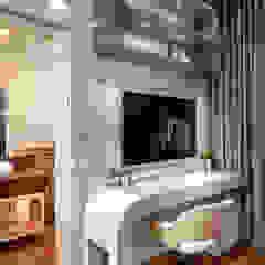 Casa Paulínia Quartos modernos por Designer de Interiores e Paisagista Iara Kílaris Moderno