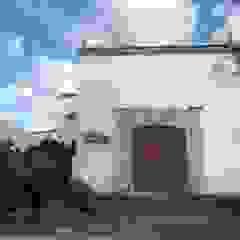 식민지스타일 복도, 현관 & 계단 by FM ARQUITECTOS 콜로니얼 (Colonial)