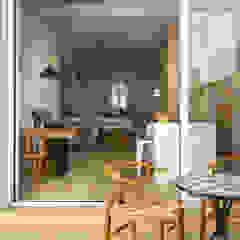 por Alejandro Giménez Architects Mediterrâneo