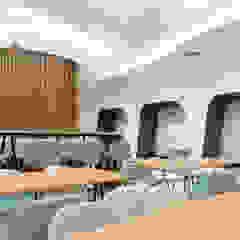 ОКУНУВШИСЬ в НЕБЕСА Бары и клубы в средиземноморском стиле от Paper Design Средиземноморский