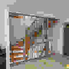 by ASADA Schiebetüren und Möbel nach Maß - Ulrich Schablowsky Modern