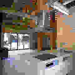 من ㈱本井建築研究所一級建築士事務所 أسيوي خشب Wood effect