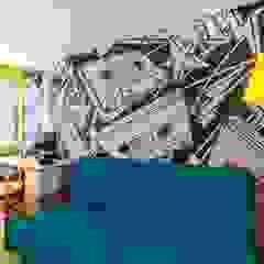Metamorfoza mieszkania Klasyczny pokój dziecięcy od Perfect Space Klasyczny