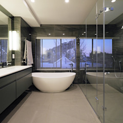 Modern style bathrooms by KMMA architects Modern