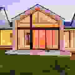 Modern House, Silverlakes area, Pretoria by Building Project X (Pty) Ltd. Modern