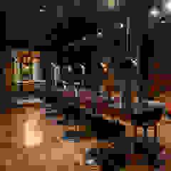 Hairlines Lojas e Espaços comerciais eclécticos por Ecocriações Unip. Lda Eclético