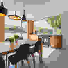 Refurbishment for Javi & Rosa Minimalist dining room by Pablo Muñoz Payá Arquitectos Minimalist