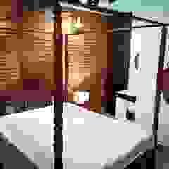 Maayish Architects Small bedroom Червоний