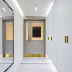 43PY 도곡렉슬 _ 수납공간으로 완성된 품격 있는 모던 아파트 인테리어 모던스타일 복도, 현관 & 계단 by 영훈디자인 모던