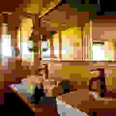 Siringit Serengeti, Tanzania Rustic style bathroom by Meg Vaun Interiors Rustic