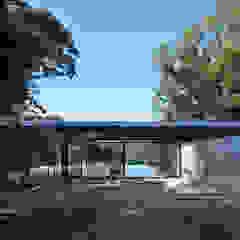 海の家 Villa F モダンデザインの テラス の 伊藤建築都市設計室 モダン レンガ