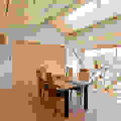 大きな船底天井のある家 和風デザインの リビング の 一級建築士事務所 感共ラボの森 和風