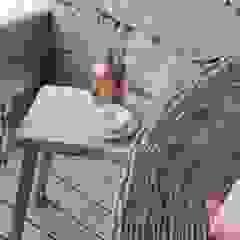 Espaços Exteriores Tangerinas & Pêssegos por Tangerinas e Pêssegos - Design de Interiores & Decoração no Porto Mediterrânico Madeira maciça Multicolor