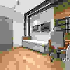 Pokój dla małego fana Lamborghini od MAXDESIGNER Nowoczesny Drewno O efekcie drewna