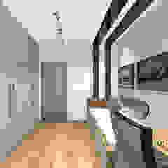 Pokój dla małego fana Lamborghini od MAXDESIGNER Nowoczesny