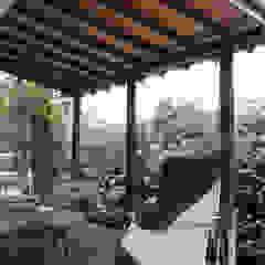 N House ラスティックデザインの テラス の 菅原浩太建築設計事務所 ラスティック 木 木目調