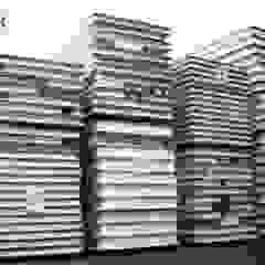 od SIPCORDILLERA Minimalistyczny Drewno O efekcie drewna