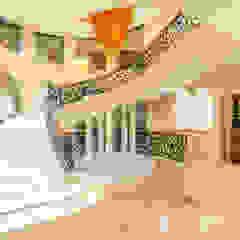 de S Squared Architects Pvt Ltd. Colonial Hierro/Acero
