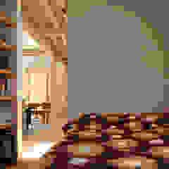 ウメハウス 北欧スタイルの 寝室 の エム・アンド・オー 北欧
