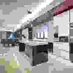 Semi-D @ Bukit Segar Modern style kitchen by Young Concept Design Sdn Bhd Modern