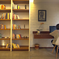 Tropical style study/office by Kamat & Rozario Architecture Tropical Bricks