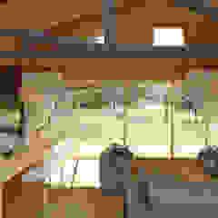 Diseño de Casa Rural en Coyhaique casa rural - Arquitectos en Coyhaique Livings de estilo