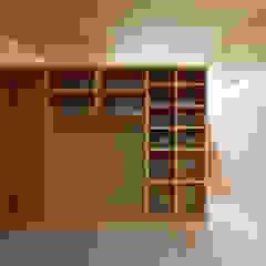 ふたりとにひきの家 モダンな 壁&床 の 一級建築士事務所あとりえ モダン