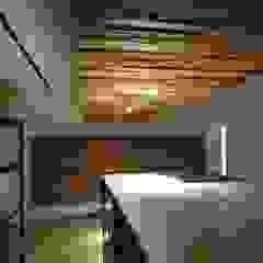 by houseda Eclectic لکڑی Wood effect
