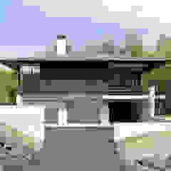 060軽井沢Kさんの家 の atelier137 ARCHITECTURAL DESIGN OFFICE クラシック 木 木目調