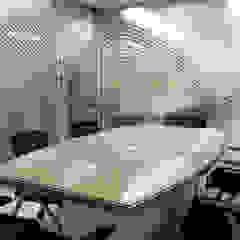 Cooperativa Pacífico - Sala de Reuniones de Kaizen Arquitectos Moderno
