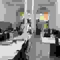 Mediterranean style offices & stores by O2 eStudio BIM arquitectos S.L.P Mediterranean Stone