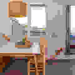 Mediterranean style dining room by Xmas Arquitectura e Interiorismo para reformas y nueva construcción en Barcelona Mediterranean