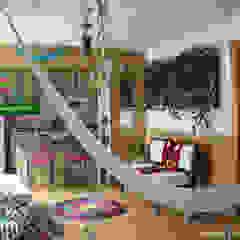 Tropical style study/office by Flor de Piedra Jardines Verticales Tropical