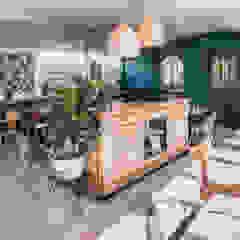 Espaços de restauração escandinavos por Agence Maïlys MOUTON Escandinavo