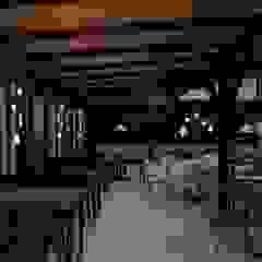 من Bruna Schumacher - Arquitetura & Interiores ريفي خشب Wood effect