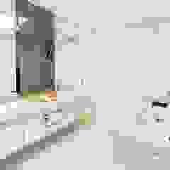 Lucia Helena Bellini arquitetura e interiores Ванна кімната