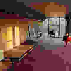Scandinavian style corridor, hallway& stairs by Bolefloor Scandinavian لکڑی Wood effect