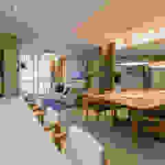 Decorado Jurerê OCEAN VIEW - GAICO Salas de jantar mediterrâneas por dotti arquitetura Mediterrâneo