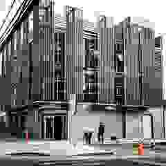 de Yañez y Muñoz Arquitectos Industrial Aluminio/Cinc