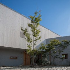 CO2WORKS Modern houses White