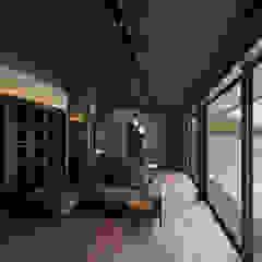山隈の家 和風デザインの リビング の Atelier Square 和風 木 木目調