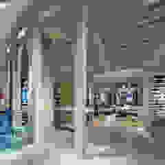 de KITZ.CO.LTD Mediterráneo Madera Acabado en madera