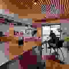 三矢町マンションリノベーション 北欧デザインの ダイニング の 藤森大作建築設計事務所 北欧 木 木目調