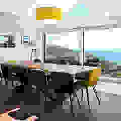 Coastal Sliding Patio Door Extension Project من Marvin Windows and Doors UK حداثي ألمنيوم/ زنك
