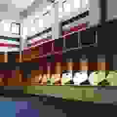 Estádios minimalistas por Maquiladora de Muebles Minimalista Madeira Acabamento em madeira