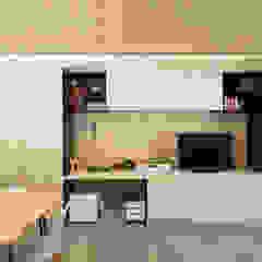 Prima Casa Passiva di estudoquarto_Studio di Architettura Sala multimediale minimalista di estudoquarto s.r.l. Minimalista