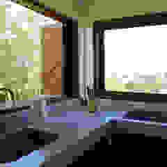 Gamma Rustic style kitchen