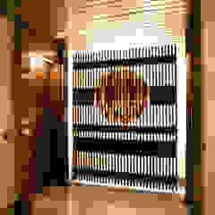Mediterranean style doors by M-Arte Mediterranean