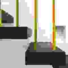por Alejandro Giménez Architects Mediterrânico