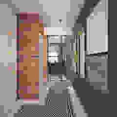Nevi Studio industrial style corridor, hallway & stairs Bricks Blue